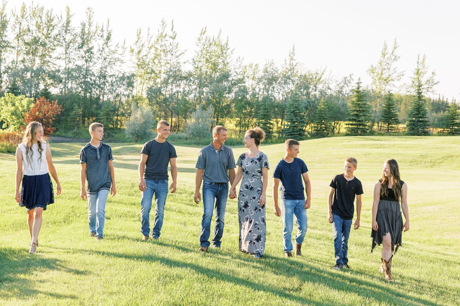 BEAUTI photography Tribune Saskatchewan portrait wedding photographer family lifestyle photographer family portraits