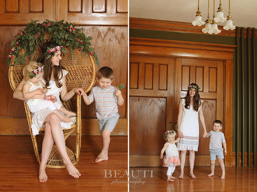 BEAUTI photography Tribune Saskatchewan portrait photographer Weyburn heritage house mother and children portrait photography a mother