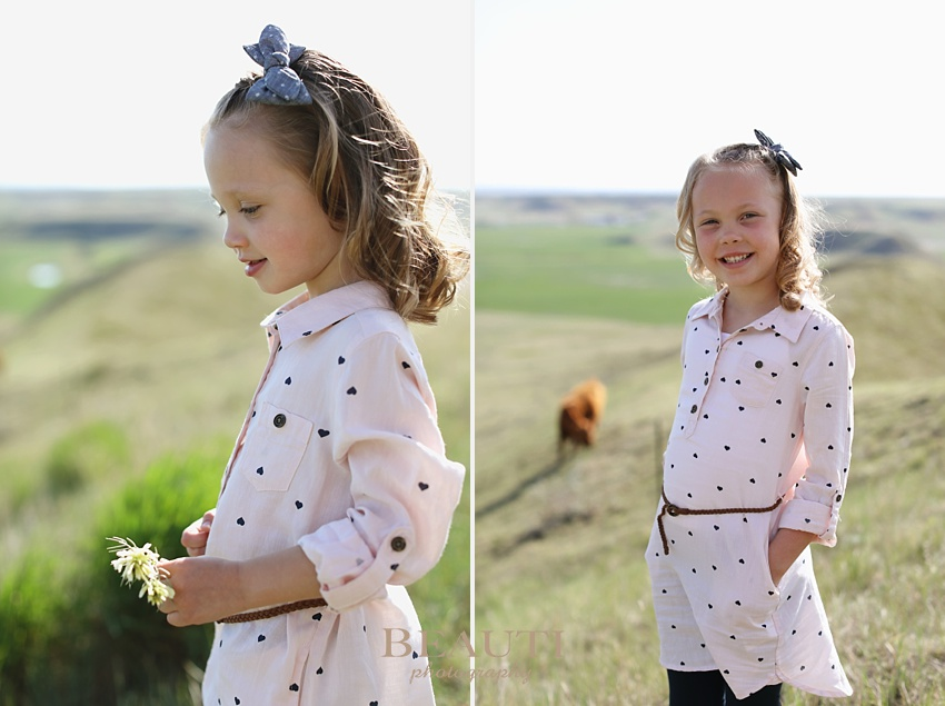 BEAUTI photography outdoor family lifestyle photographer Plentywood Montana portrait photography children siblings photo
