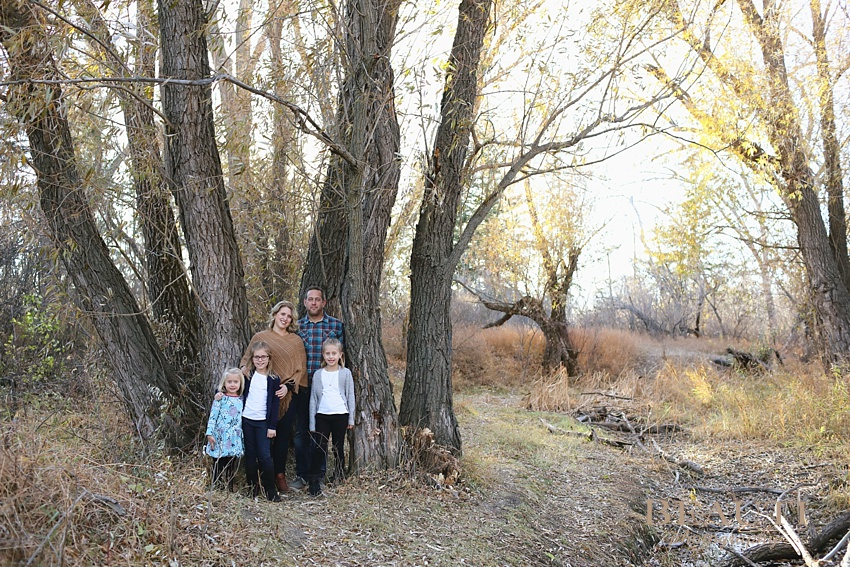 BEAUTI photography Tribune Saskatchewan family lifestyle photographer outdoor family portraits lifestyle photographer family running Weyburn family photographer family outdoor fall photos