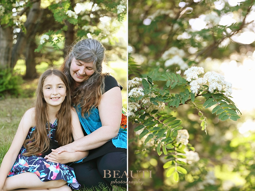 Saskatoon family photography BEAUTI photography Saskatchewan family lifestyle photographer South Saskatchewan River Victoria Park mother and daughter photo