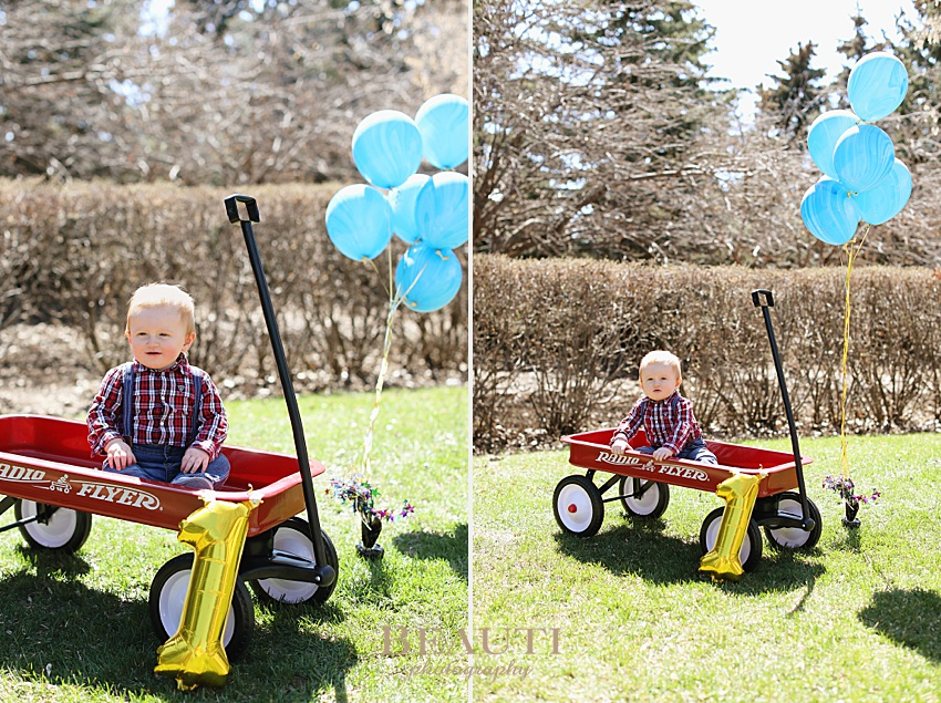 BEAUTI photography Tribune SK photographer baby photography family lifestyle photographer one year photos little red wagon first birthday photo