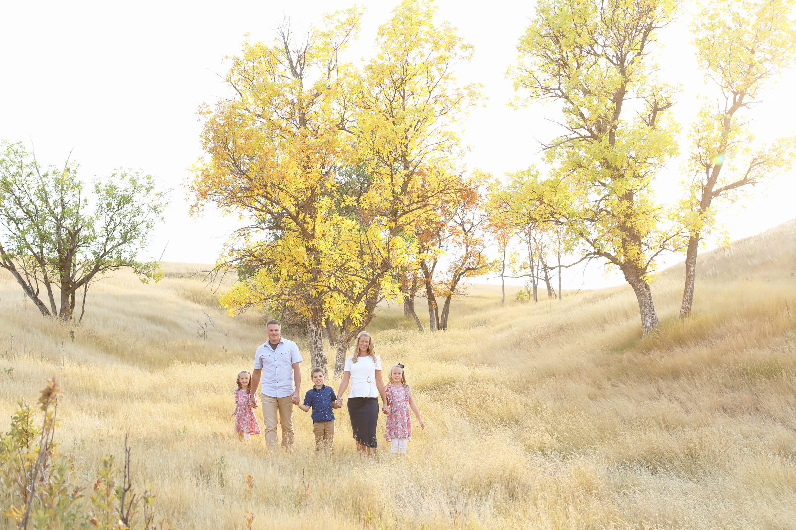 BEAUTI photography family lifestyle photographer fall portrait photography Montana